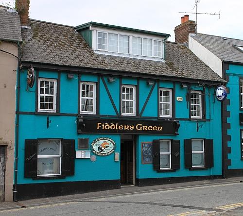 Pub in Portaferry/Nordirland. Ich schwöre, dass ich nicht an den Farben herumgemacht habe.