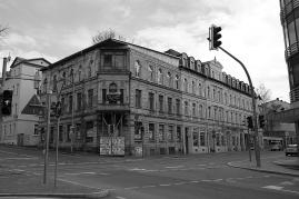 Gera 2013 - eines von vielen ungenutzten Gebäuden in der schrumpfenden ehemaligen Wismut-Stadt