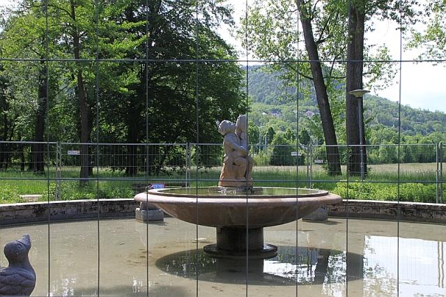 COV_Brunnen1